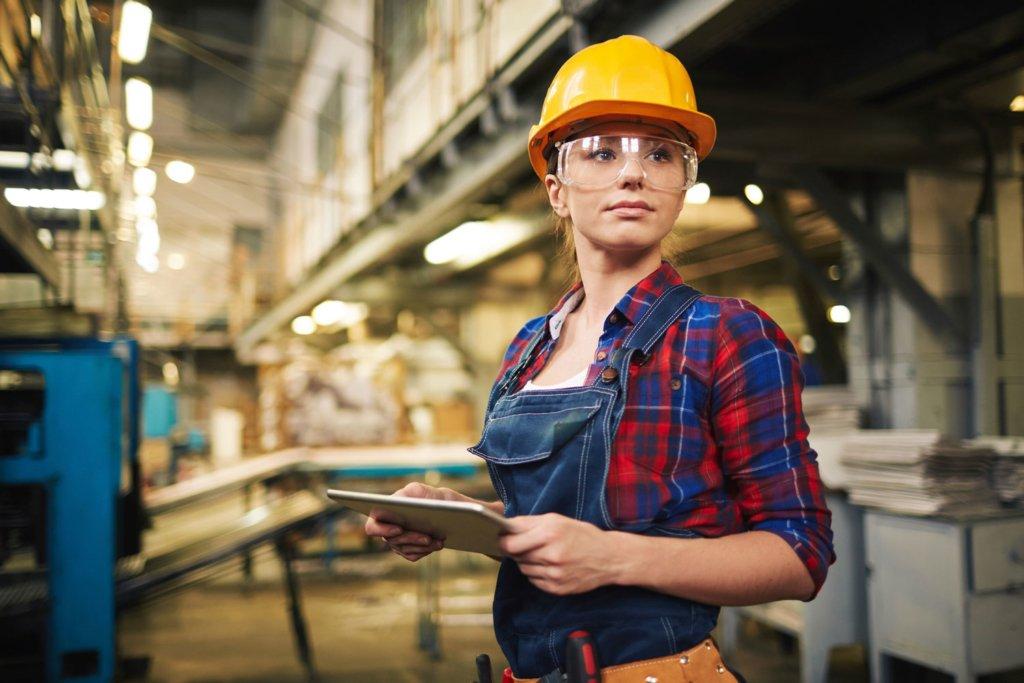 Больше 20 тысяч: топ рабочих профессий, за которые хорошо платят в Украине