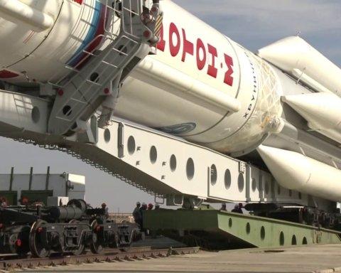 У Росії зламалася ракета, яку хотіли запустили у космос