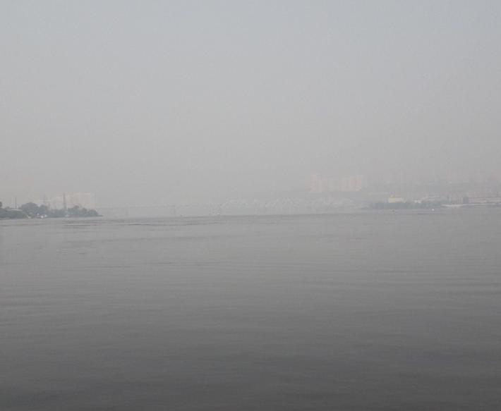 Російський мегаполіс затягнуло димом через масштабні лісові пожежі