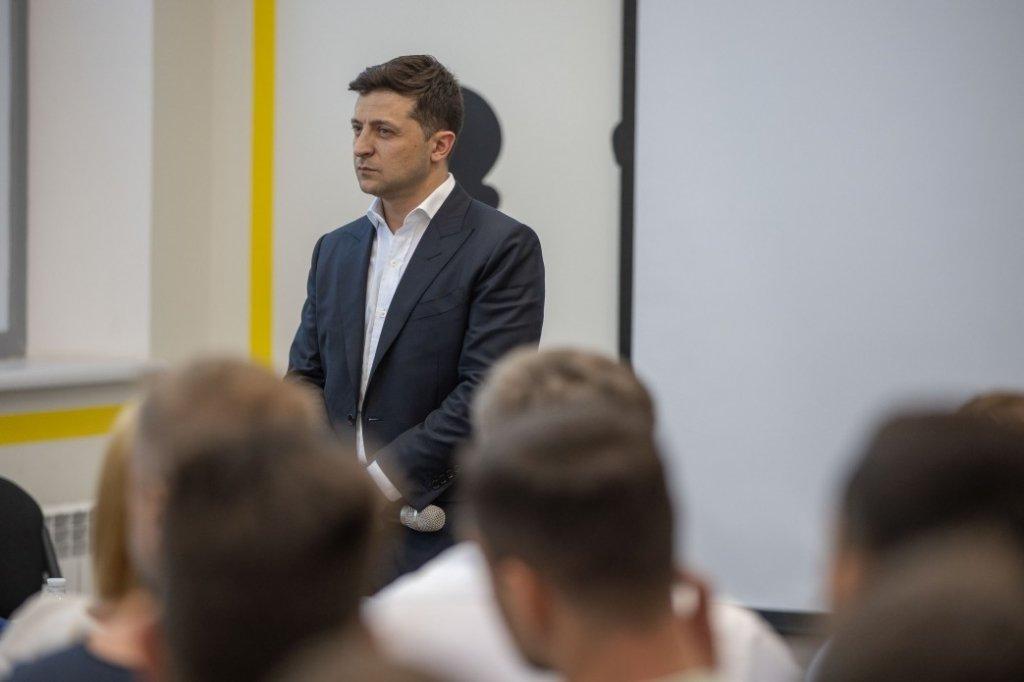 Зеленський придумав, чим відповісти Путіну на видачу паспортів РФ на Донбасі