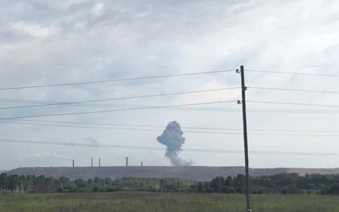 З'явилося нове відео з місця гучного вибуху на артскладах у Росії