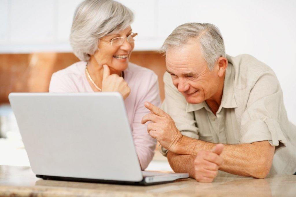 Новий пенсійний вік в Україні: чим це загрожує