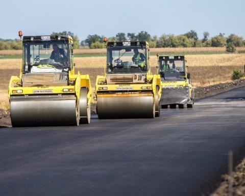 Золота дорога: Кабмін додатково витратить сотні мільйонів на трасу Дніпро-Миколаїв