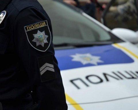 Помер за кермом: у Києві сталася трагедія з патрульним