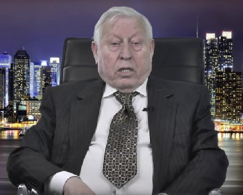 """Екс-радник мера Нью-Йорка прибув в Україну через """"справу"""" Порошенка"""