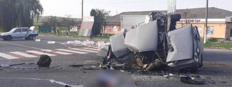 Авто у мотлох. Біля Києва в жахливій ДТП загинув хлопець