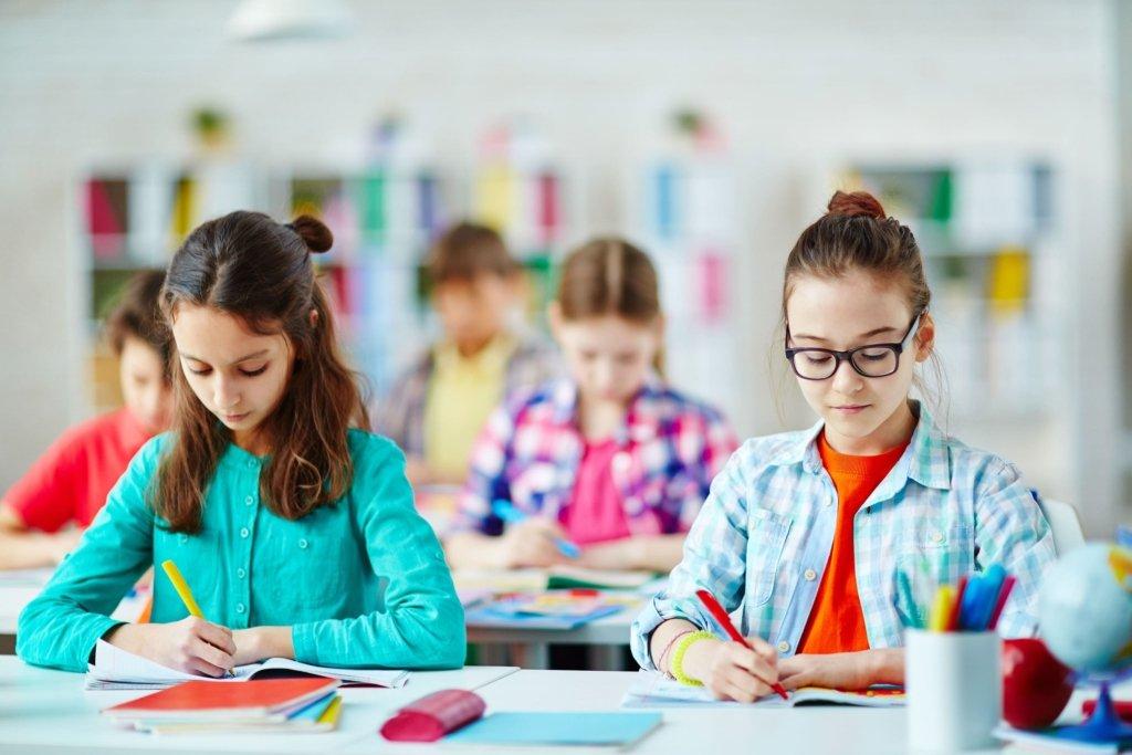 Українських школярів навчатимуть фінансовій грамотності: перші подробиці