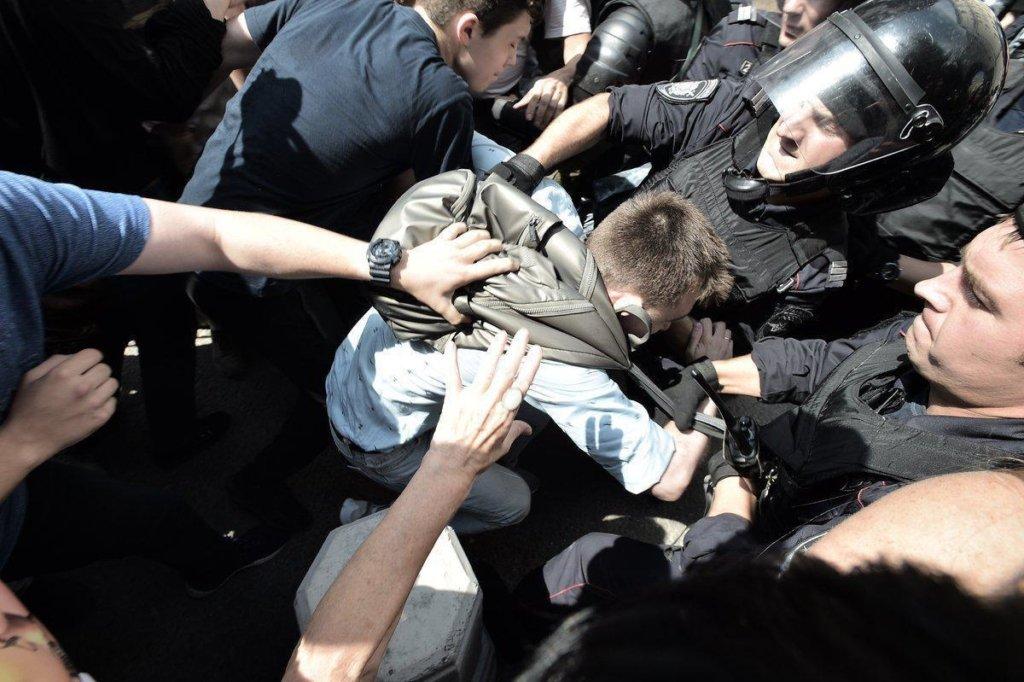 Митинги в Москве: персональные данные активистов «слили» в сеть
