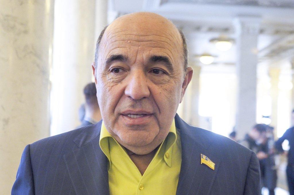 Сенаторы Франции в шоке «с квадратными глазами» от разгула неонацизма в Украине, — депутат