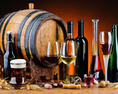 Лікарі розповіли про список особливо небезпечних алкогольних напоїв