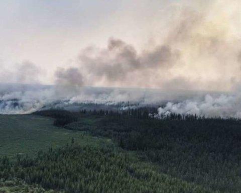 Вже у США та Канаді: наслідки пожежі у Сибіру вже дісталися іншого континенту