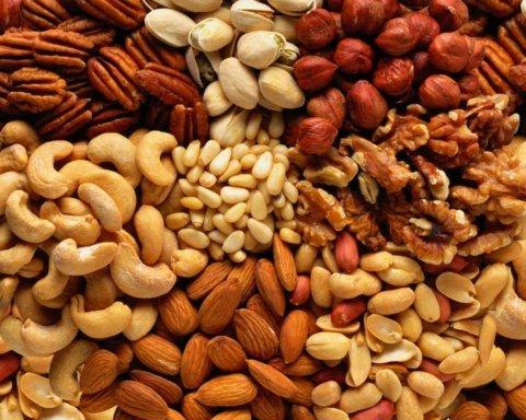 Орехи признали опасными для здоровья