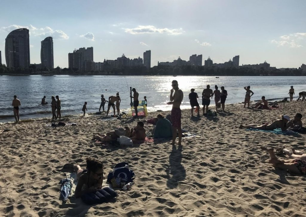 Аномальна спека у Києві побила черговий температурний рекорд