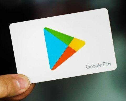 Приложение с Google Play прослушивало пользователей: подробности