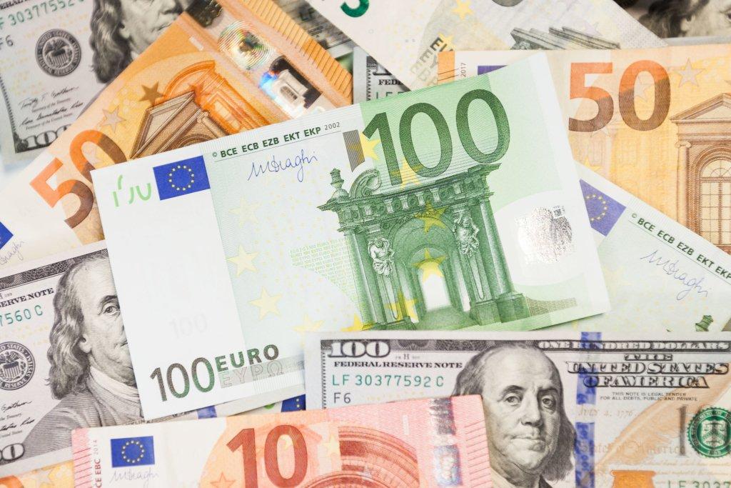 Гривна внезапно рухнула: курс валют на 26 июня