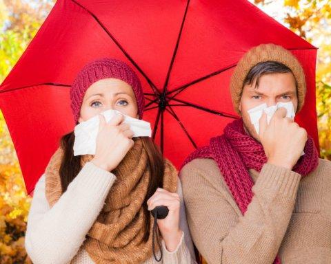 Медики розповіли, яким чином зберегти імунітет восени: що відомо