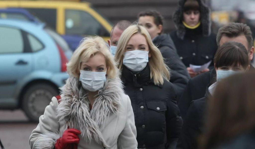Маски не помогают: украинцам раскрыли всю правду