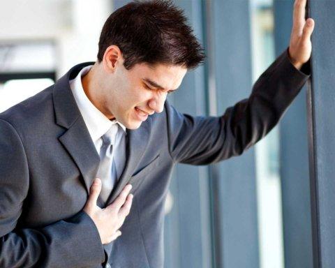 Лікарі розповіли, чому у грудях може боліти навіть в людей зі здоровим серцем