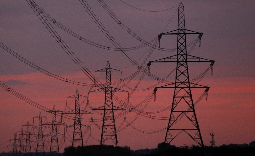 С июля в Украине будут действовать новые тарифы на электроэнергию: кому придется платить больше