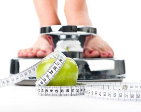 Диетологи назвали продукт, который больше всего мешает похудению
