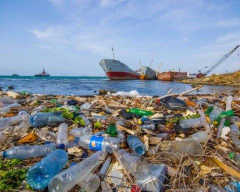 Людство перетворило на смітник вже більше половини світового океану
