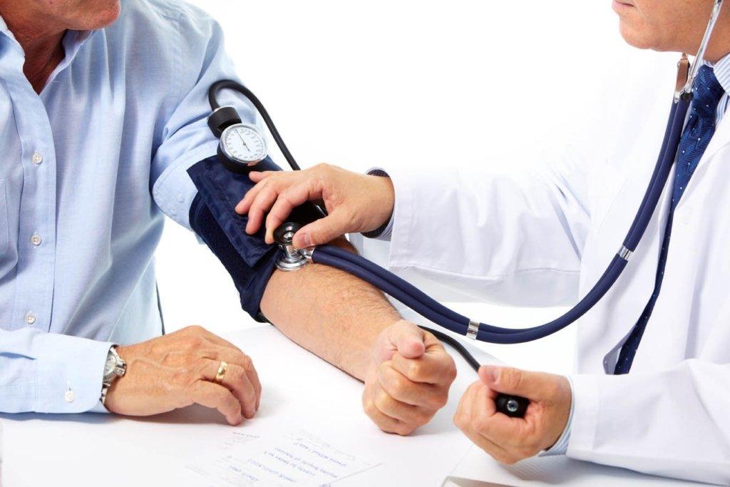 Диетологи назвали продукт, который поможет побороть повышенное давление