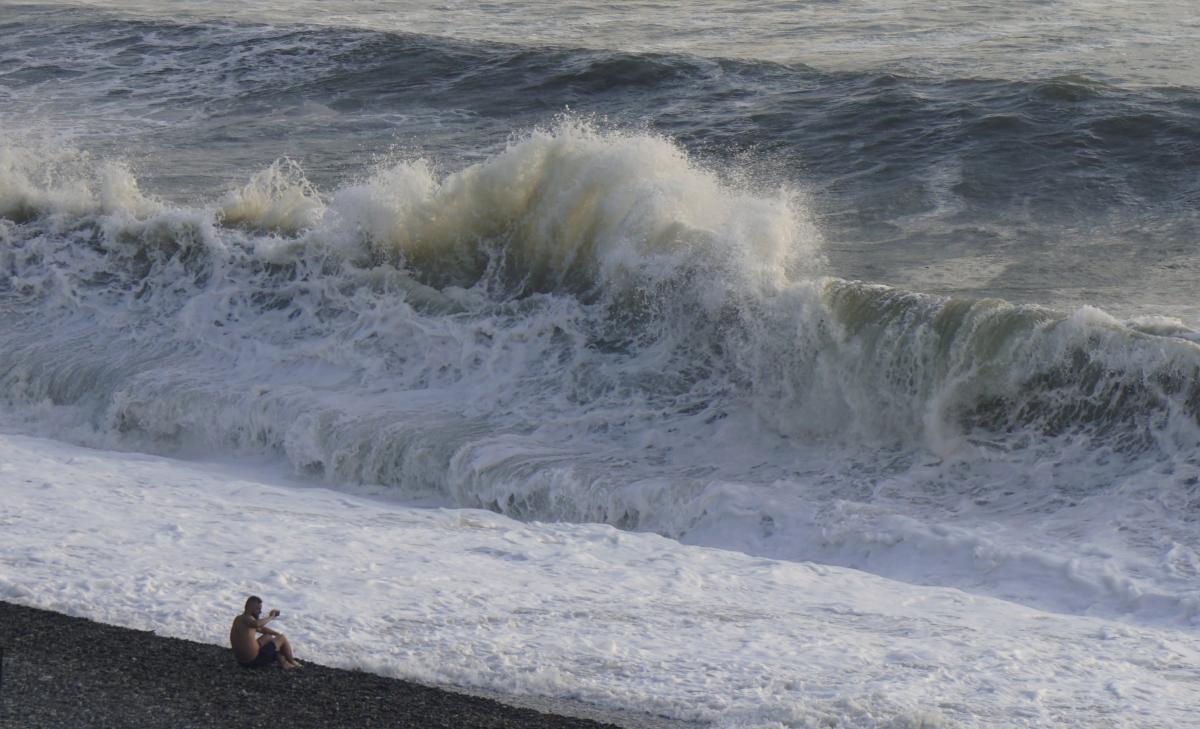 З'явилися вражаючі кадри шторму в Кирилівці