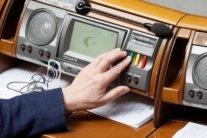 Порошенко і Тимошенко: українці назвали людей, яким не довіряють найбільше