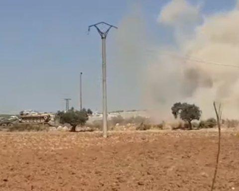 ЗМІ: ВКС РФ рознесли колону турецької техніки в Сирії