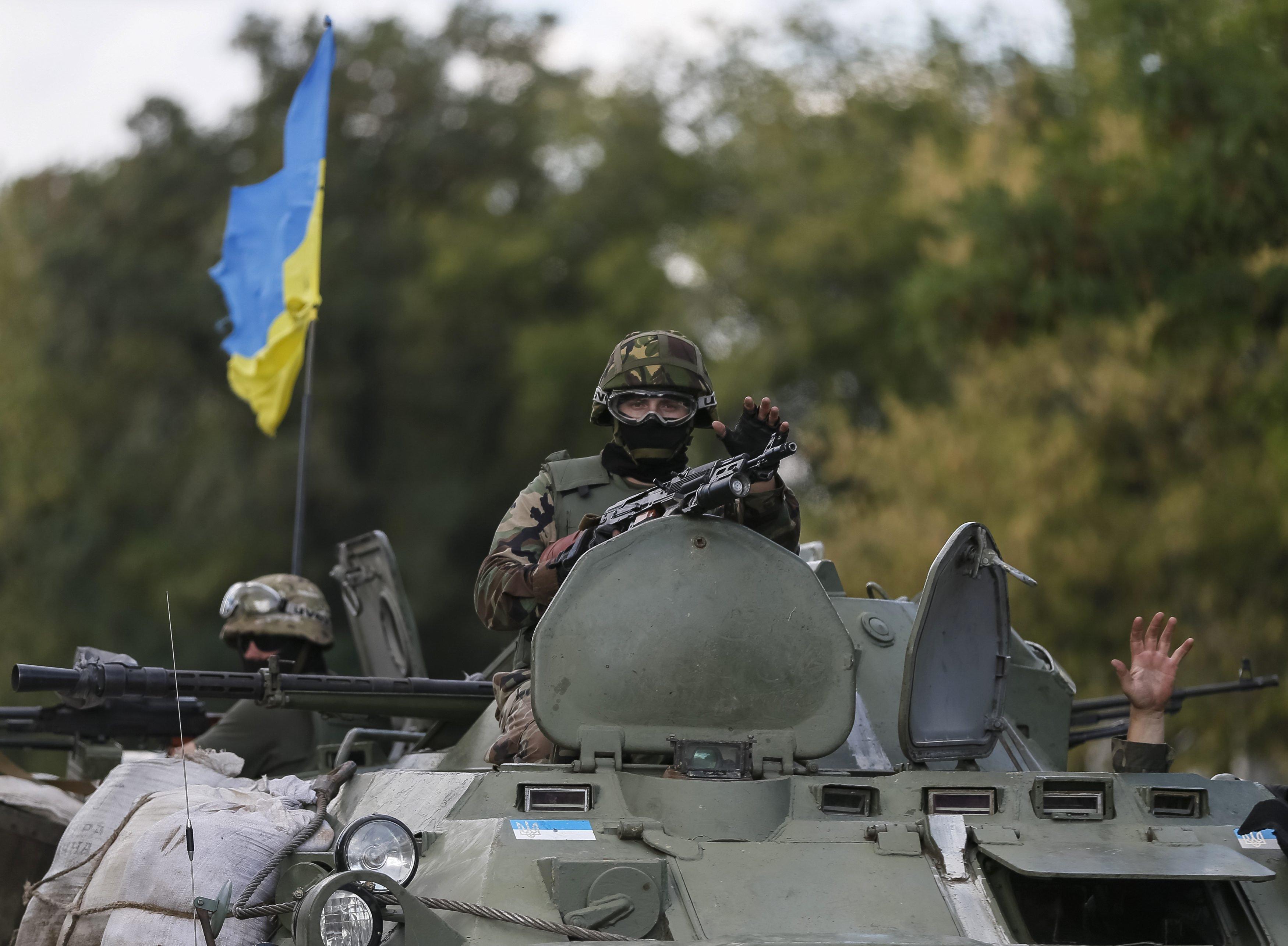 День памяти и примирения и День Матери: какие праздники будут отмечать украинцы в мае
