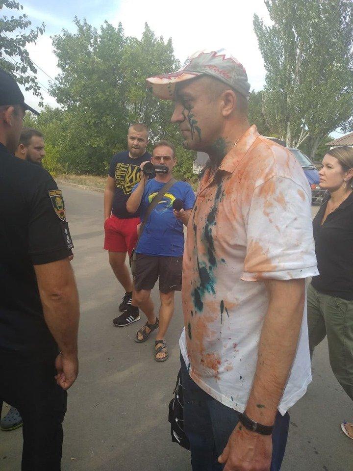 Мариупольцы едва не казнили наводчика боевиков, которого выпустили по закону Савченко