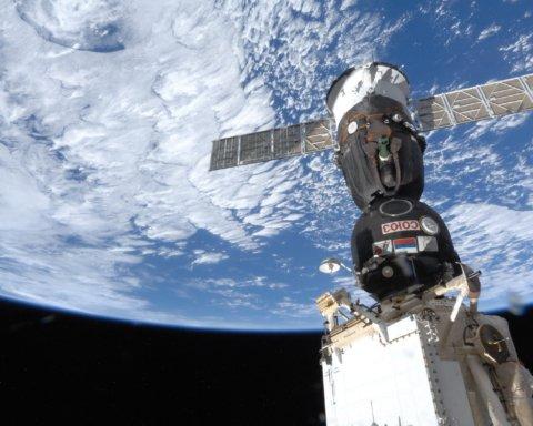 Союз не зміг зістикуватися з МКС: перші подробиці