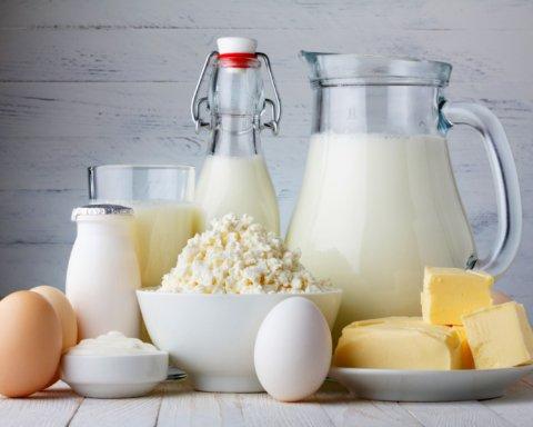 У вересні молочка знову подорожчає: подробиці