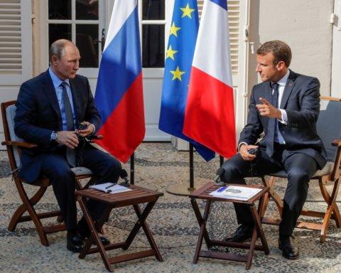 Переговори Путіна і Макрона: що говорили президенти про війну на Донбасі