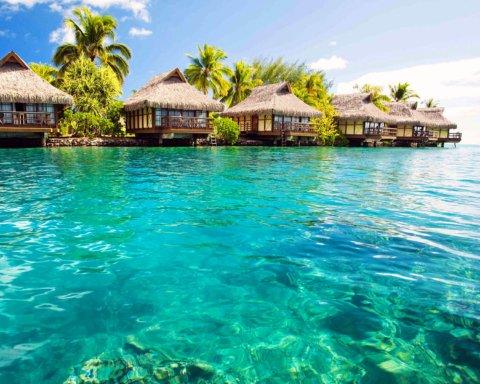 Бірюзовий рай: в NASA показали, як виглядають Багамські острови з космосу