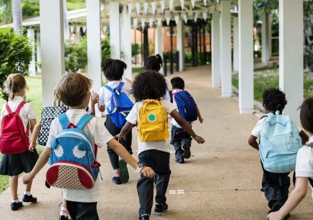 Незважаючи на ситуацію з COVID-19, у Харкові відновлюють навчання дітей у школах