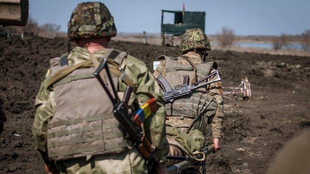 Боевики четыре раза обстреляли позиции ВСУ на Донбассе