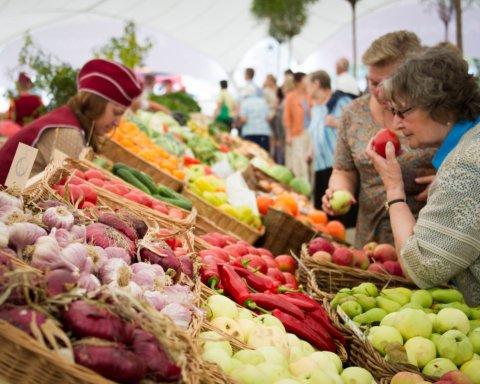 Коли почнуть дешевшати фрукти та овочі: експерти дали невтішний прогноз