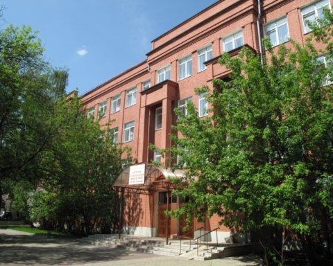Школа строгого режима: во всех учебных заведениях РФ установят КПП