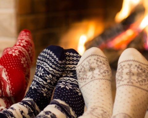 Врачи объяснили, каким образом мокрые носки способны вылечить простуду