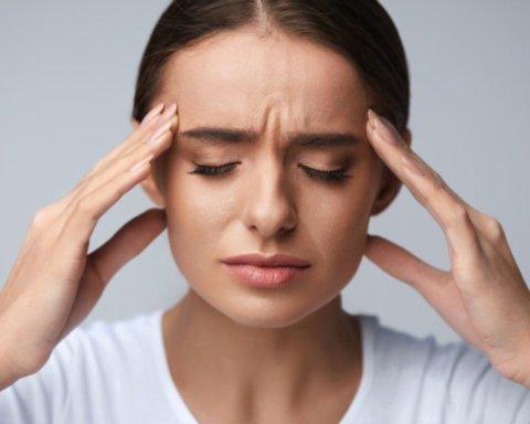 Медики развеяли миф о полном отказе от кофе из-за мигрени: что следует знать