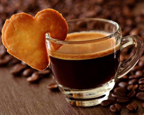 Врачи объяснили, как кофе влияет на похудение
