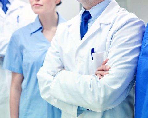 Лікарям виплатять борги по зарплатні: хто отримає гроші