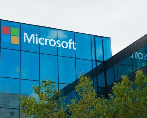 Microsoft також зізналися у прослушці користувачів