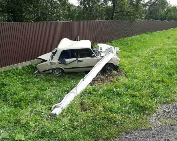 Фура протаранила авто на Львовщине, погиб ребенок