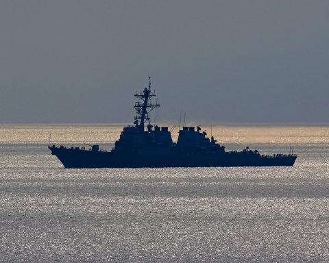 В Черное море зашел американский ракетный эсминец с «Томагавками»