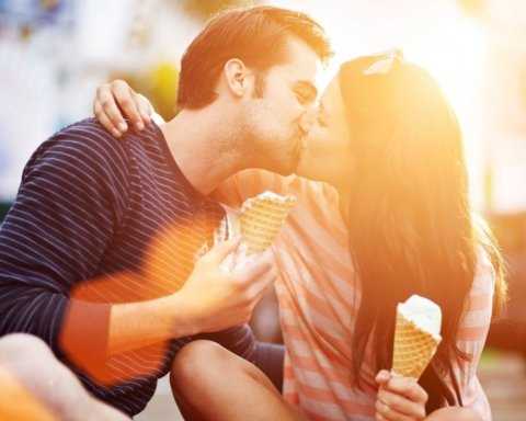 Схуднути за допомогою поцілунків: названо цікавий рецепт схуднення