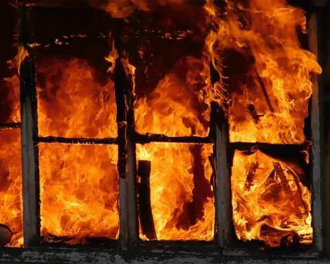 Смертельный пожар в Запорожской больнице произошел из-за аппарата ИВЛ