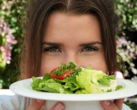 Эта летняя диета позволит легко сбросить лишние килограммы