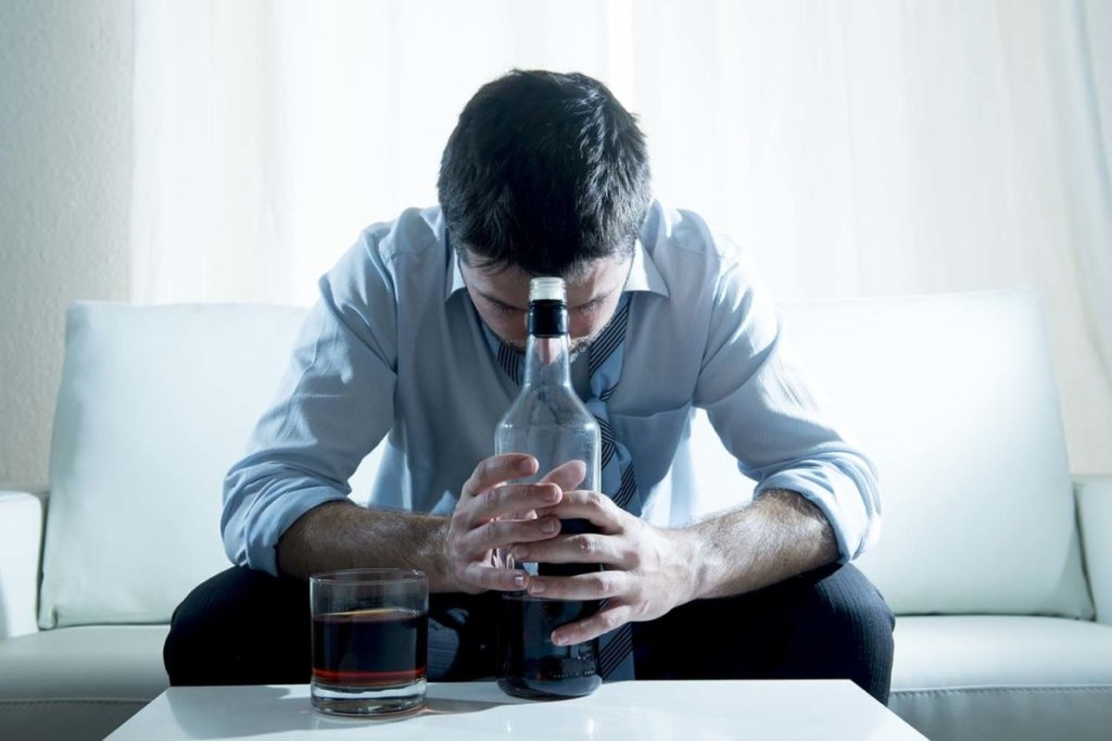 Дослідники навчилися лікувати алкоголізм за допомогою наркотиків
